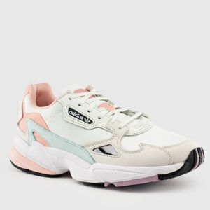 adidas Shoes - Adidas torsion sneakers